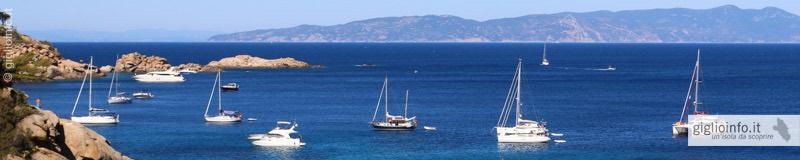Veduta Baia delle Cannelle con Barche