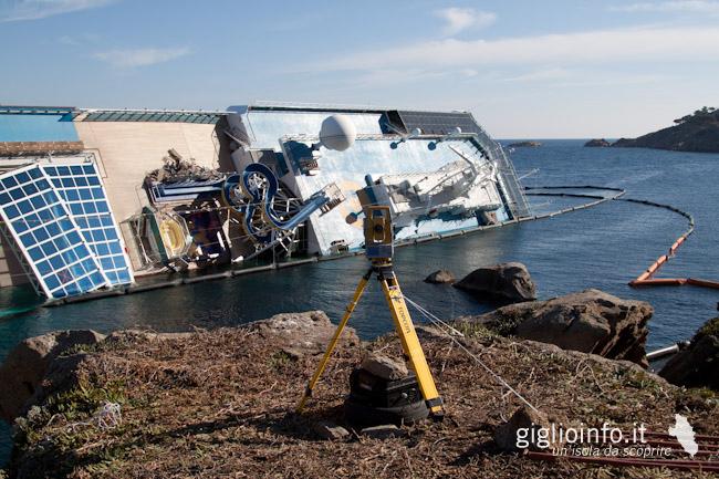 Isola del giglio naufragio della costa concordia for Cabine di giglio selvatico