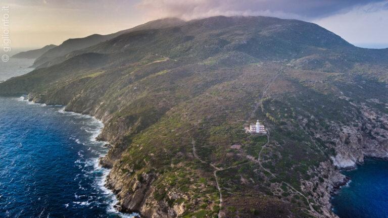 Punta del Capel Rosso con Faro, Isola del Giglio