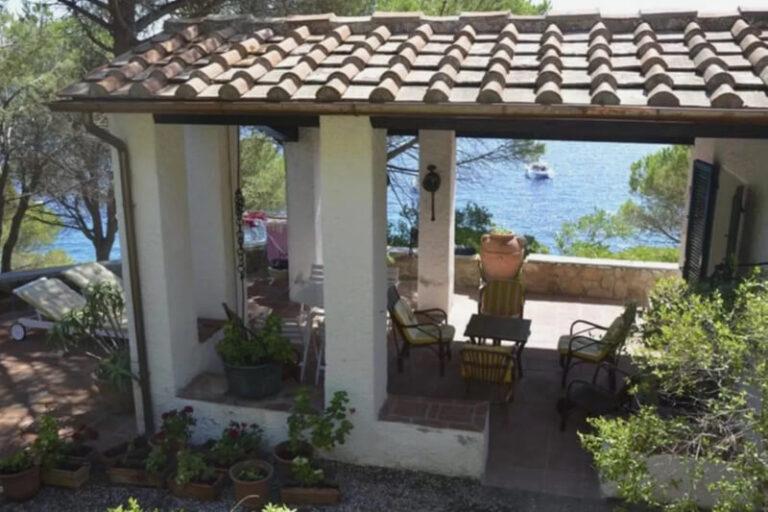 Villa Ziri, Spiaggia delle Cannelle, Isola del Giglio