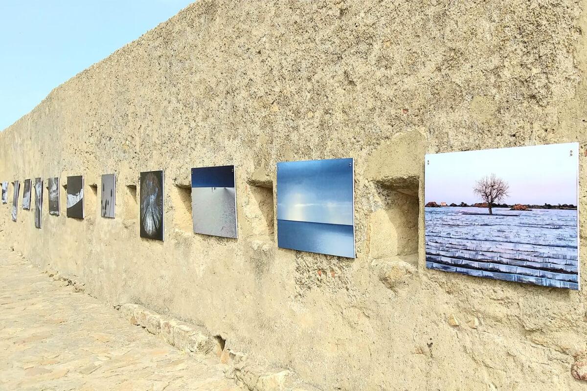 Fotografie sulle mure del Giglio Castello