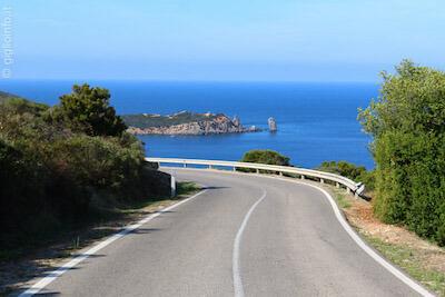 Strada Provinciale per Giglio Campese con Faraglione, Isola del Giglio