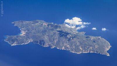 Vista aerea dell'Isola del Giglio