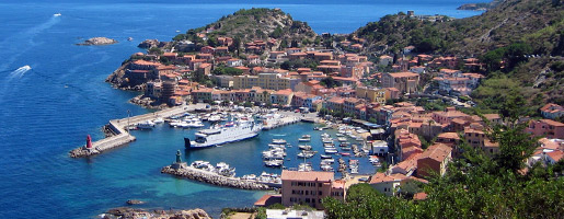 Buy an apartment in Isola del Giglio cheaply on the beach